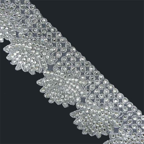 Galon guipur+cristal plata
