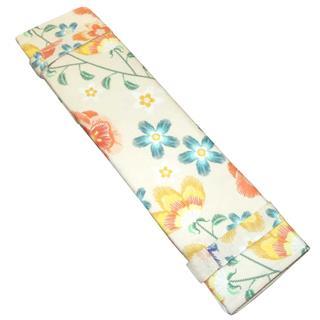 Estuche porta agujas flor beig