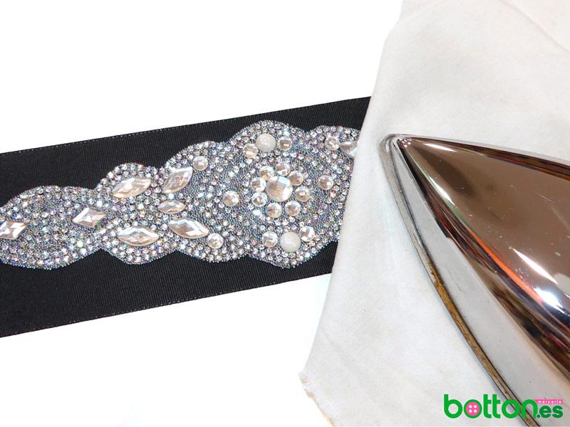 Como hacer un cinturon para un vestido negro